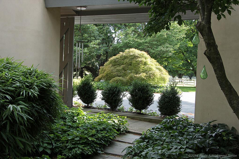 14O_garden_passage_rgb